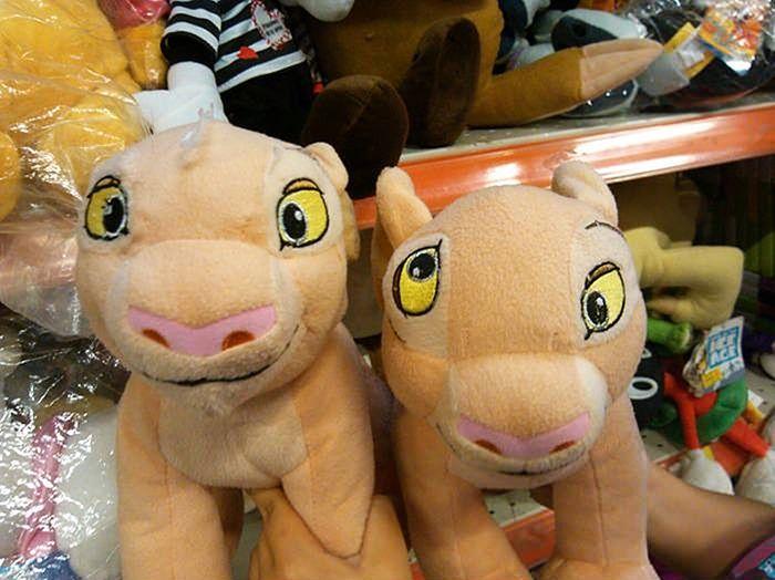 Игрушки, которые лучше никак не демонстрировать детям (40 фото)