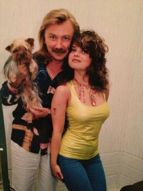 Снимки сегодняшних известных людей из 1990-х годов (25 фото)