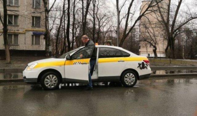 Ситуации, с какими возможно встретиться лишь в такси (15 фото)
