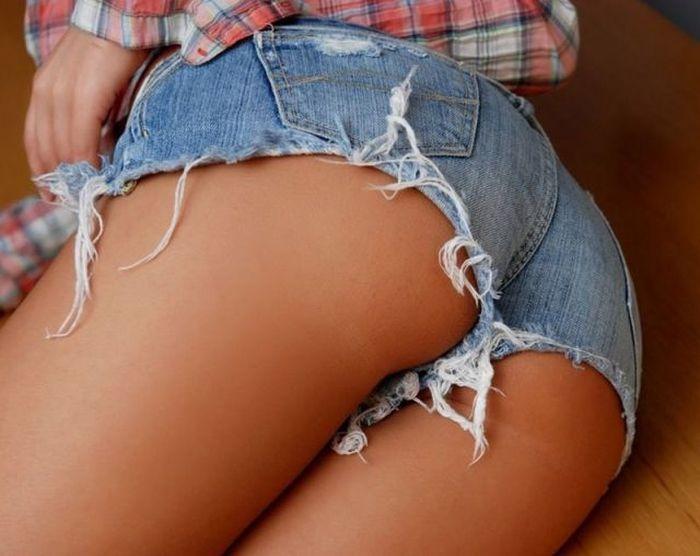 Онлайн порнушка фотки на аву для девушек большие жопы тугую дырку грудастой