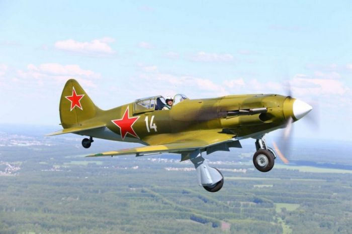 Восстановление самолётов времен Великой Отечественной войны (19 фото)