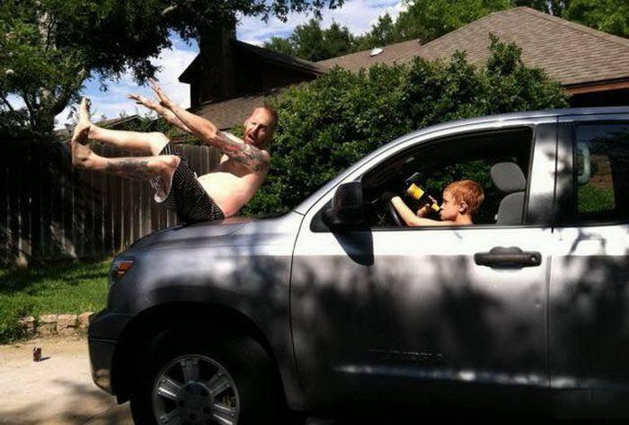 Мужчины никогда не взрослеют и всегда остаются детьми. ( 122 фото доказательства )