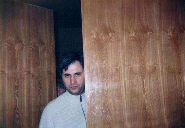 Архивные фото известных людей в 90-е (24+1 снимок)