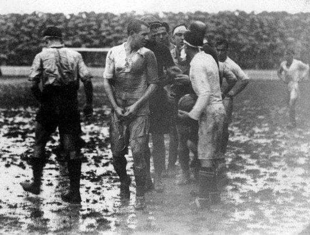 Первый футбольный матч между командами «Реал Мадрид» — «Барселона». Испания, 1929 год.