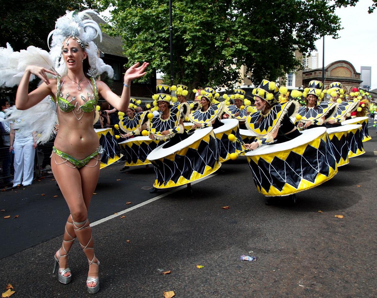 Великобритания. Лондон. Во время Ноттинг-Хиллского карнавала. (Farrukh)