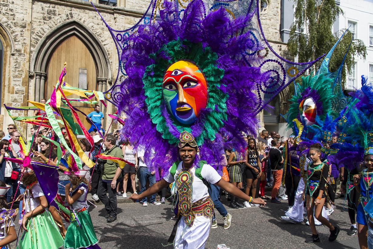 Великобритания. Лондон. Во время Ноттинг-Хиллского карнавала. (Angel Ganev)