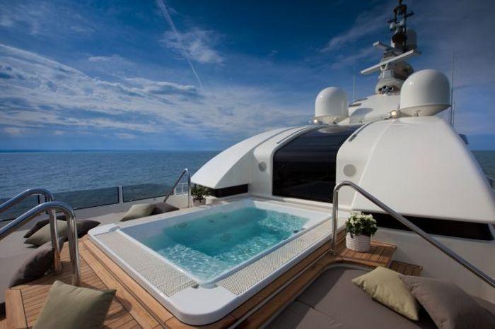 """Яхта класса """"Люкс"""" (25 фото)"""