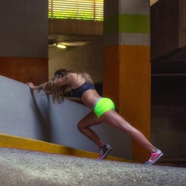 Сексуальные спортивные девушки (43 фото)