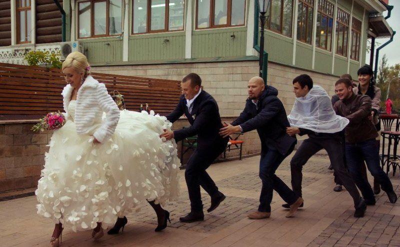снимать свадьбу