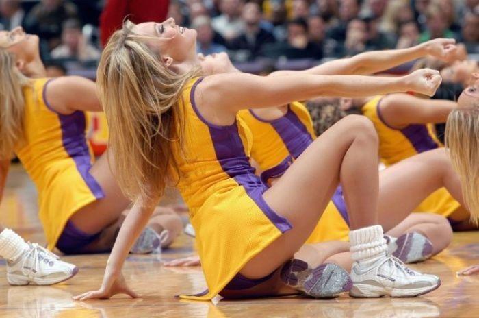 Подборка красивых, спортивных девушек красавиц.
