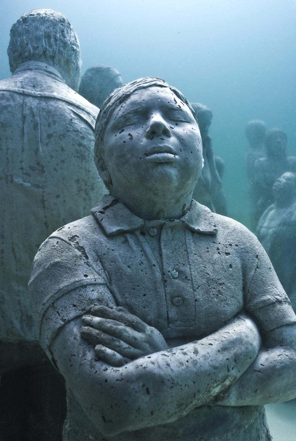 В мексике есть подводный музей из