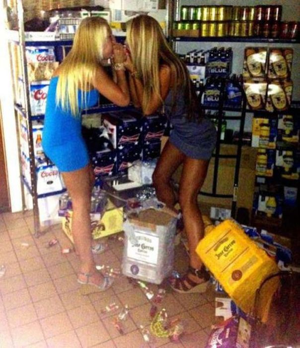 Люди, которые не знают меры в алкоголе (52 фото)