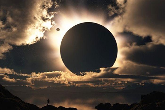 Россияне ждут солнечного затмения (3 фото)