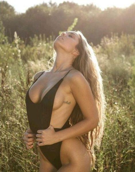 Подборка девушек красоток и красавиц с красивой сись.. грудью :) (55 фото)