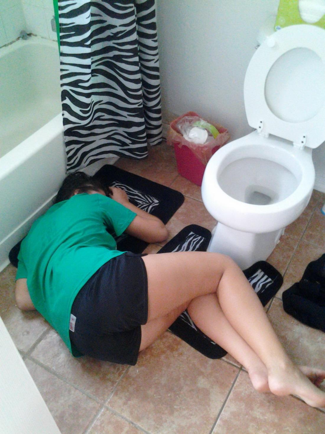 Смотреть фото пьяных спящих девушек