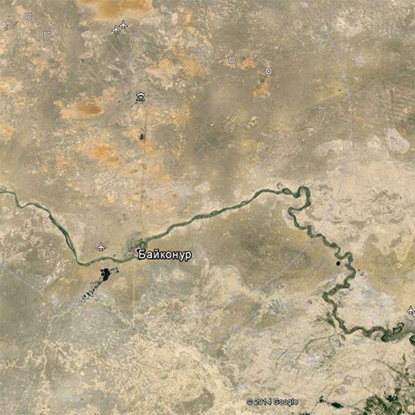 Сервис Google Earth и необычная координата на Байконуре (8 фото)