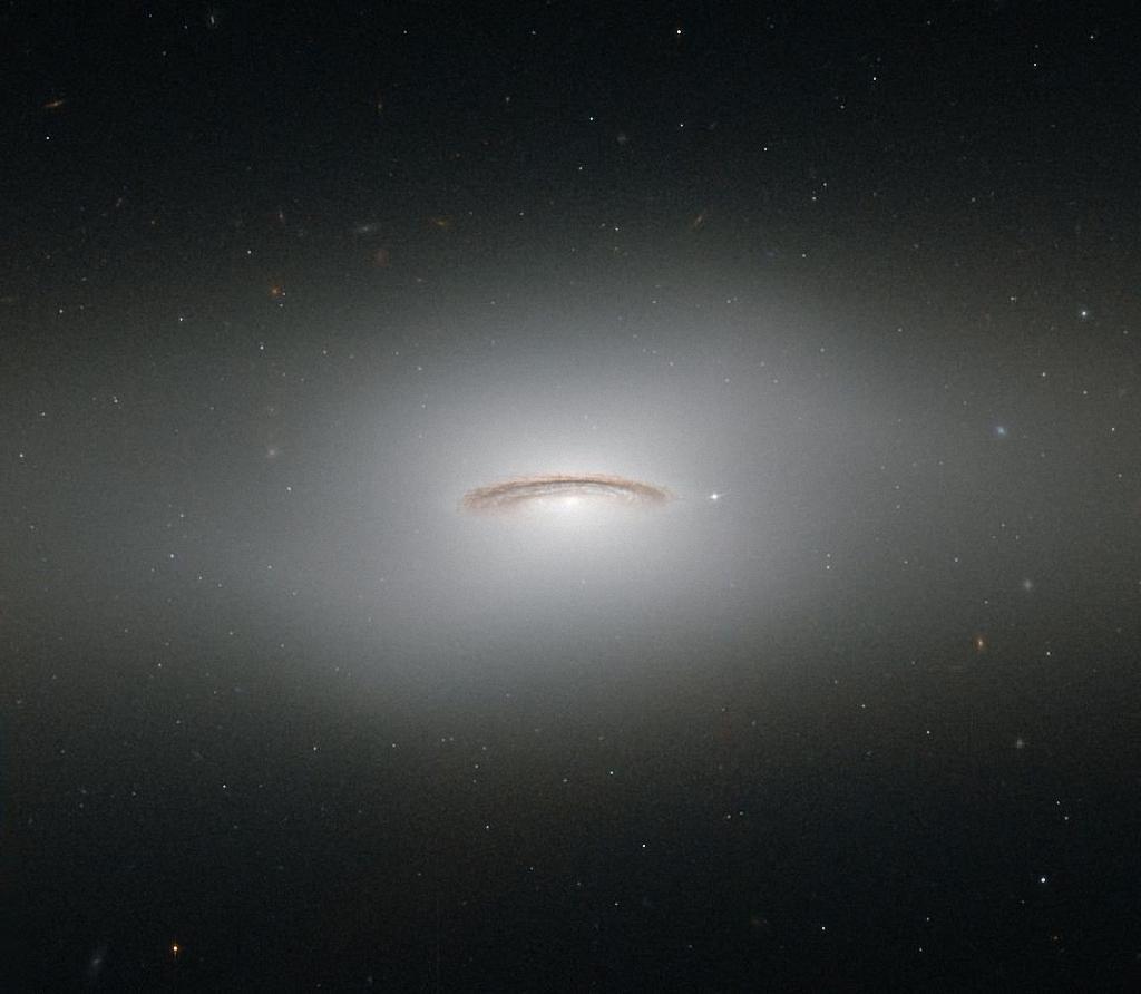 Самые последние фотографии телескопа Хаббл-1