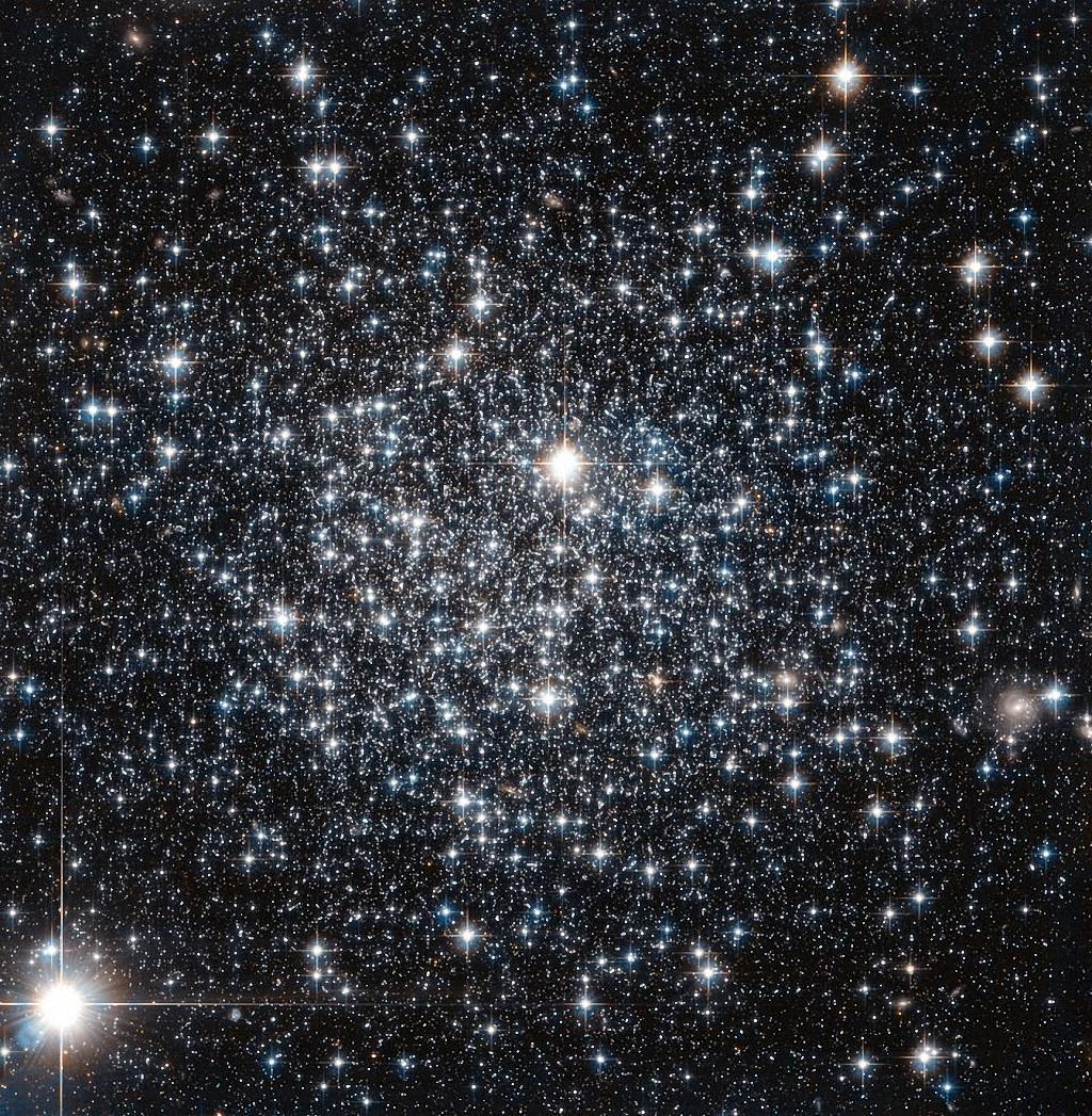 Самые последние фотографии телескопа Хаббл-11