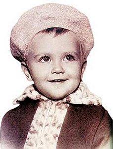 В детстве и молодости, политики и известные люди. Фото. - Медведев в детстве