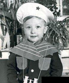 В детстве и молодости, политики и известные люди. Фото. - плющенко