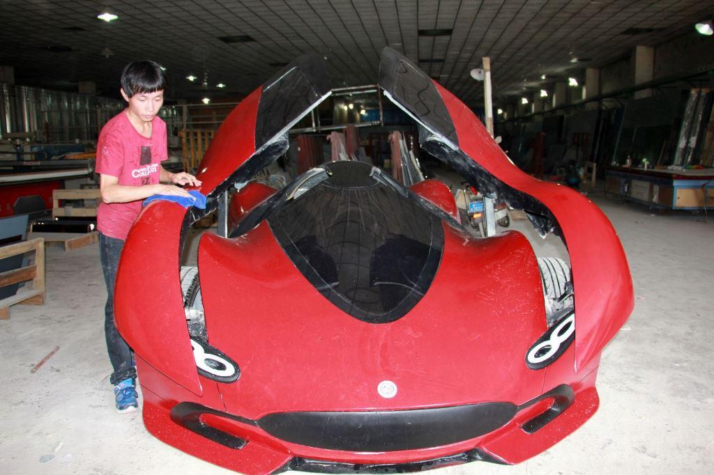 Шикарный автомобиль созданный своими руками-3