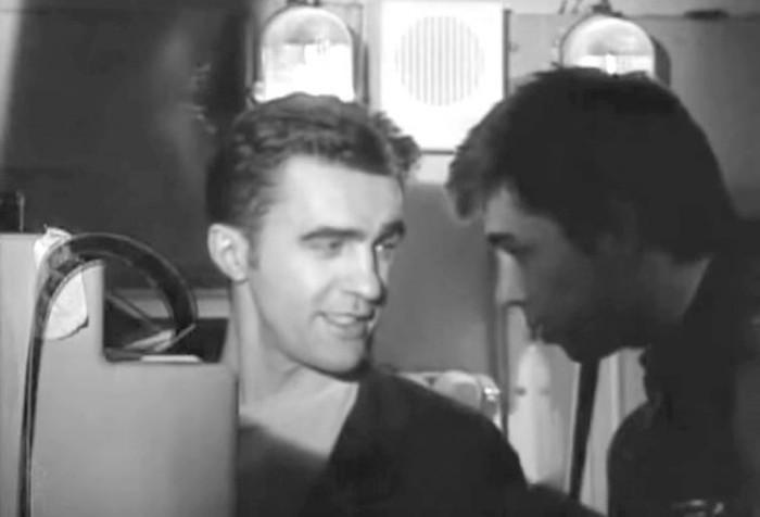 Сергей Бодров и Вячеслав Бутусов на съёмках фильма «Брат», 1997 год (5 фото + видео)