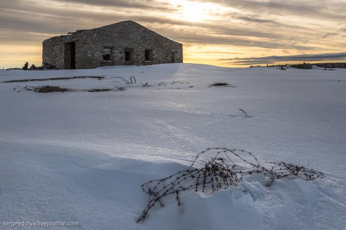 Чукотка. Урановые рудники давно заброшены (42 фото)