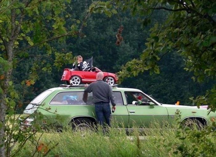 Подборка автомобильных приколов.Часть 62 ( 42 фото )