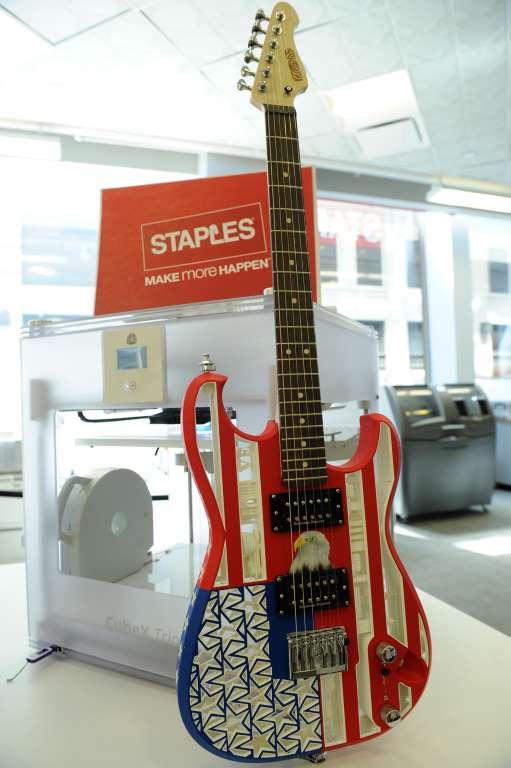 12. Гитара, напечатанная на 3D-принтере.
