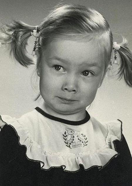 Наши знаменитости, на детских фотографиях ( 18 фото )