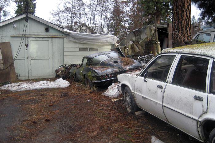 Наиболее редчайшие автомобили, покинутые собственниками (22 фотки)