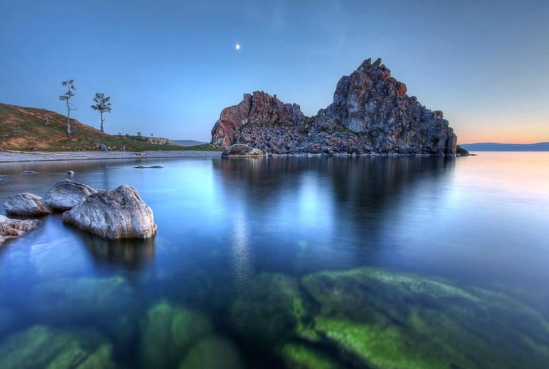 Байкал – самое глубокое озеро России, Азии и мира. фото