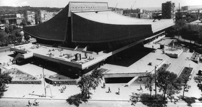 Креативные и необычные здания 1960-1980-х годов (26 фото)